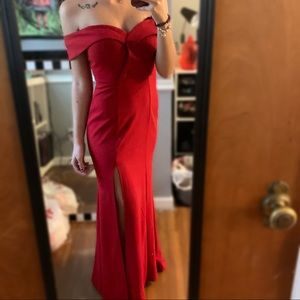 Red Extraordinary prom dress